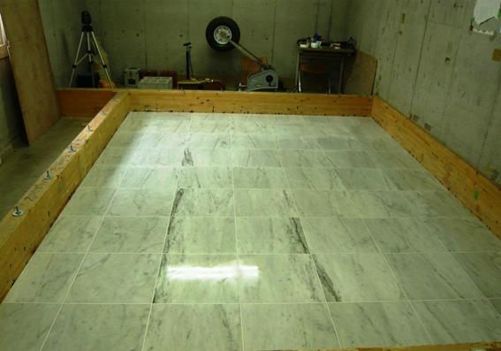乾式浮床ベースケア石貼り仕様